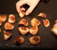 Chips de patate douce, puree de topinambour, dashi et oursin de Marc Cordonnier