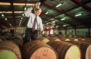 Fûts dans une distillerie écossaise (Photo SWA)