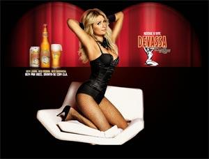 Paris Hilton, égérie d'une bière brésilienne