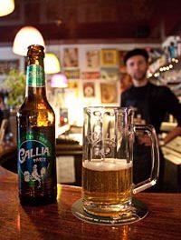 Ils font revivre la bière Gallia de Paris