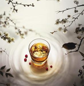 L'art d'offrir le whisky par Suntory