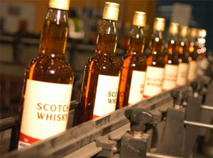 Bouteilles de scotch whisky ©SWA