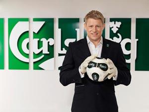 Peter Schmeichel, ambassadeur Carlsberg à l'Euro 2012 de foot