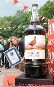 La bouteille record de The Famous Grouse