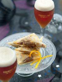 Samoussas choco-orange à déguster avec une bière de Noël