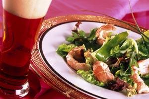 Salade aux langoustines et poids gourmands à la bière de Noël