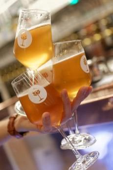 Bières et verres du Bar Brewberry