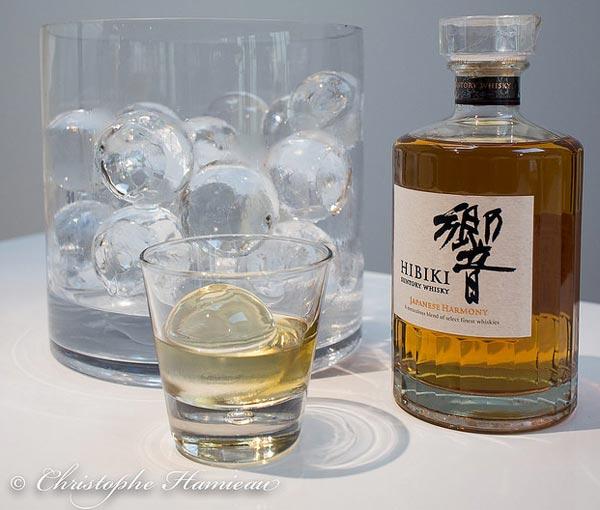 Le nouveau whisky japonais Hibiki Japanese Harmony en Iceball