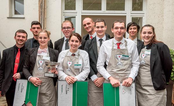 Les lauréats du Concours de Bièrologie Heineken 2017 (de gauche à droite, Zélie Guillemart -  Bénédicte Dagès - Lucas Grandemange)
