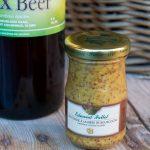 Edmond Fallot met de la bière artisanale dans sa moutarde
