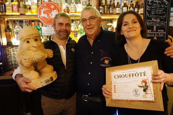 Chris Bauweraerts remet le Chouffe, baptisé Guspil par les propriétaires du Baker Street Pub à Paris