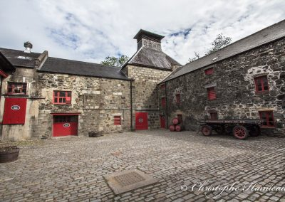 Le kiln vu de la cour de la distillerie