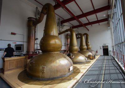 La salle de distillation aux 4 alambics