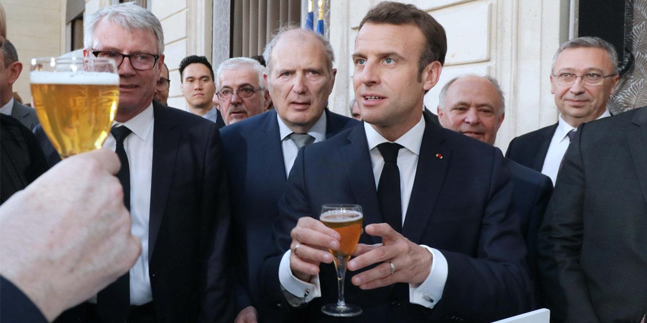 Emmanuel Macron reçoit 50 brasseurs à l'Elysée !