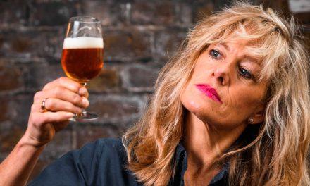 Lotte Peplow se réjouit des récompenses obtenues par la bière artisanale américaine